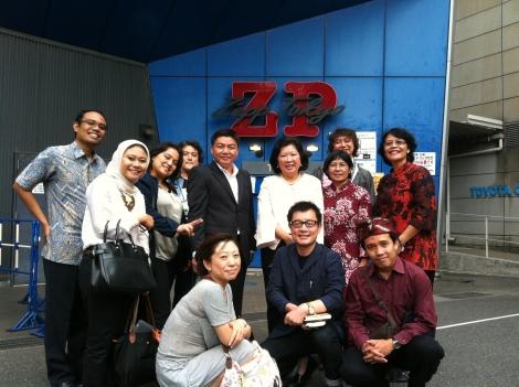 Mendampingi Ibu Mari Pangestu, Menteri Pariwisata dan Ekonomi Kreatif ke Jepang, September 2012